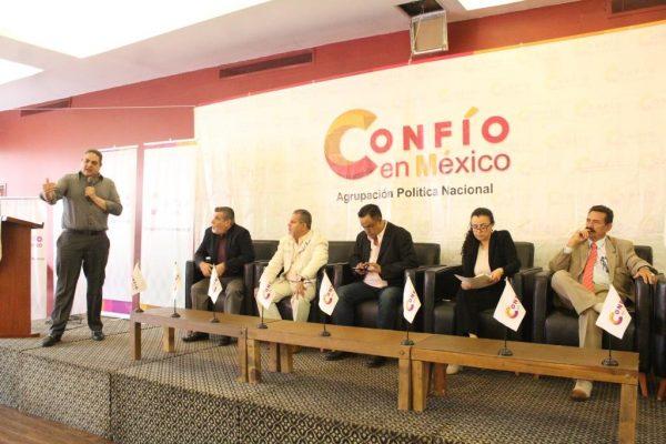 Se reúne Cruces Mada con integrantes de Confío en México