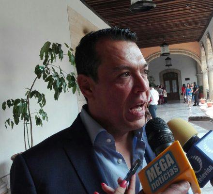"""No llevar a la """"arena política"""" el tema de seguridad: López Lara"""