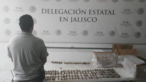 Asegura AIC 56 kilos de pepino de mar en empresa de paquetería de Guadalajara