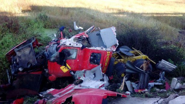 Choque de pipa doble remolque y camioneta familiar deja cuatro muertos