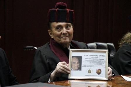 Fallece el doctor José Guerrerosantos al parecer de neumonía