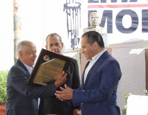 [Galería] CROC Jalisco entrega reconocimiento a Almaguer Ramírez
