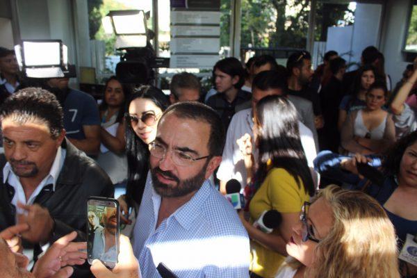 Vicente Fernández Jr. se registra como aspirante a candidato a gobernador de Jalisco