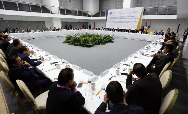 Magistrados de la federación y Jalisco conversan sobre juicios orales y flagrancia