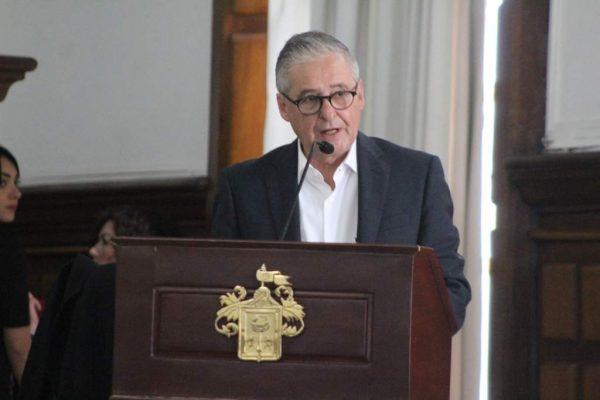 Es Enrique IbarraAlcalde interino de Guadalajara