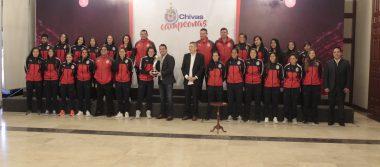 Chivas Femenil recibidas en Casa Jalisco