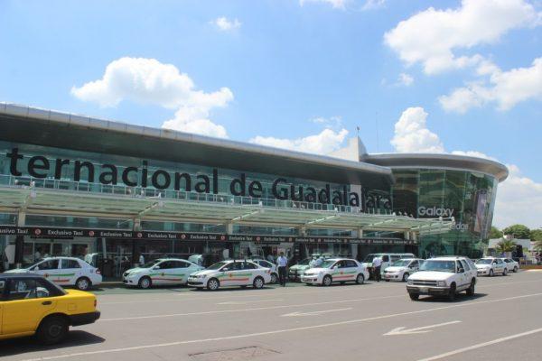 Asegura Aeropuerto de Guadalajara que ha perdido 60 millones por bloqueo