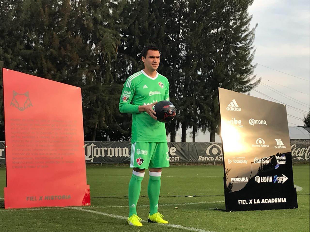 Henríquez jugó su primer amistoso en Atlas