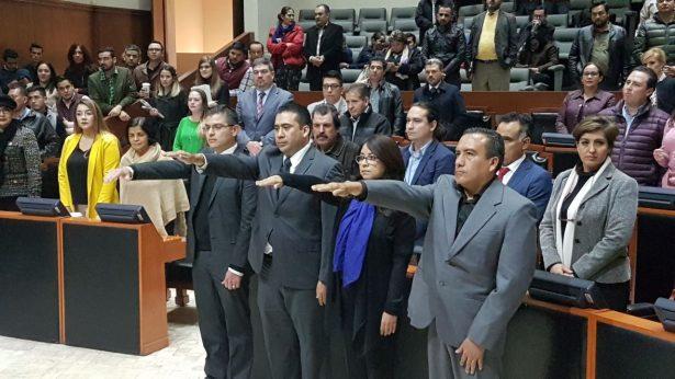 Toman protesta en la madrugada el nuevo auditor, magistrados y titulares de Órganos de Control