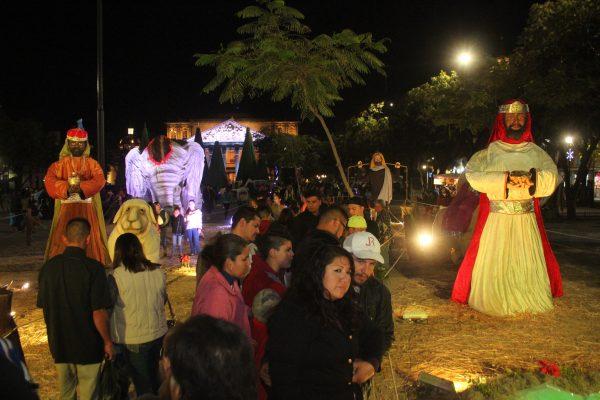 Se ilumina de Navidad el Centro Histórico de Guadalajara