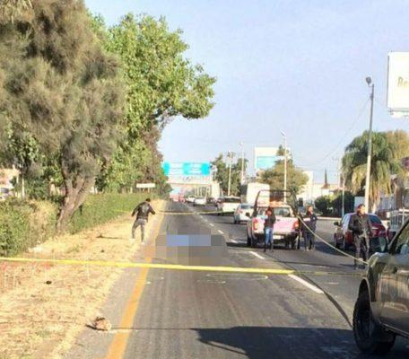 Vehículo arrebata vida a un hombre al arrollarlo en la carretera a Chapala