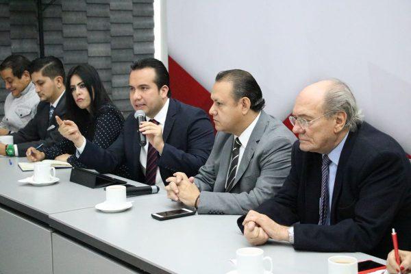 Pizano evita hablar de terna para fiscal anticorrupción