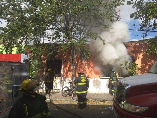 Incendio deja sin pertenencias a una familia en la Quinta Velarde