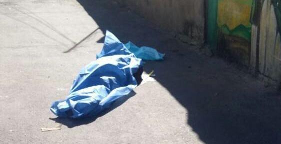 Atacan a balazos a tres jóvenes en Tlaquepaque, uno murió