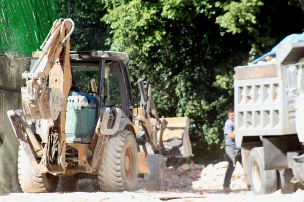 [Galería] Por diversas irregularidades, autoridades de Guadalajara clausuran varias obras