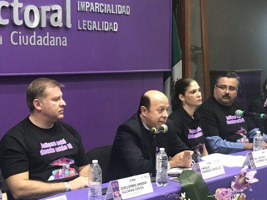 Por temor a ser deportados pocos mexicanos expresan al INE su intención de votar