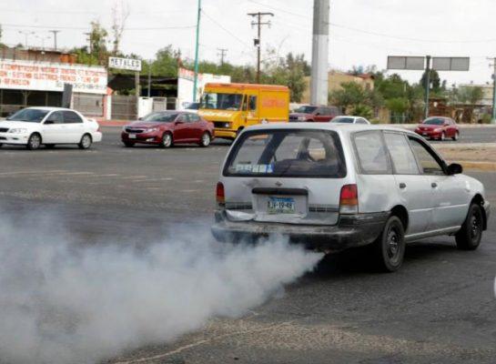 Continúa operativo contra autos chimenea