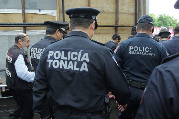 Reitera Valerio urgencia de pagar el aumento salarial a policías