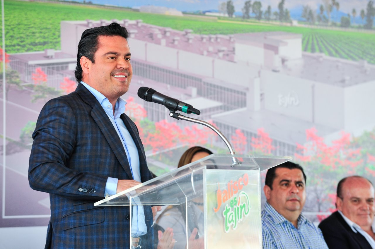 El Gobernador de Jalisco, Jorge Aristóteles Sandoval Díaz, reconoció y agradeció a la familia Tajín por asentarse en la entidad, ser orgullo a nivel mundial y además ser una empresa responsable tanto con sus empleados como con el medio ambiente.