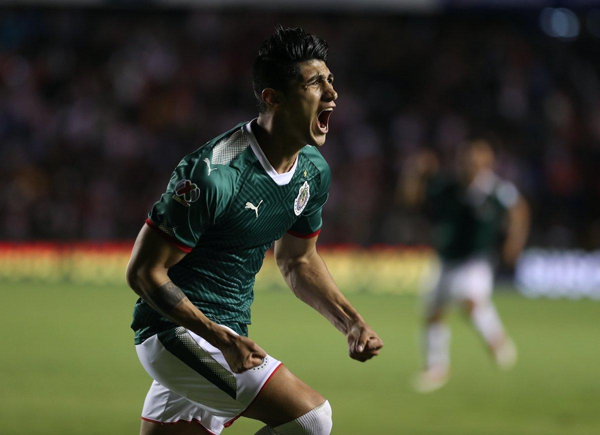 Pulido dijo que con el empate ante Gallos les da confianza  para seguir  trabajando. Foto: Twitter Chivas.