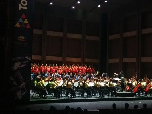 Orquesta Sinfónica Esperanza Azteca se presenta en Conjunto de Artes Escénicas