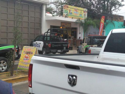 Diez sujetos armados matan a seis en restaurante de Tlaquepaque