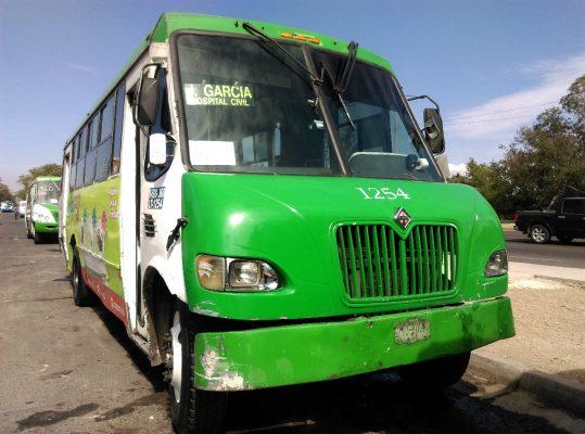 Decomisa movilidad cinco unidades de la ruta 360