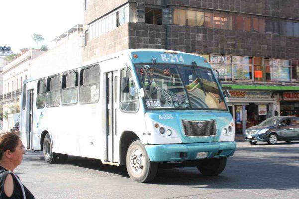 Ordenarán el servicio de camiones e infraestructura hacia Tlajomulco