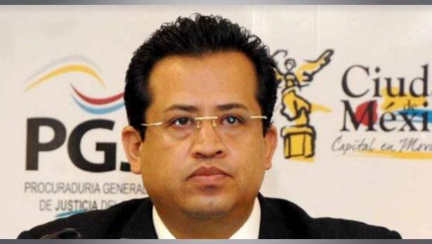 Señalan que Fiscal de Morelos trafica influencias para procesos judiciales