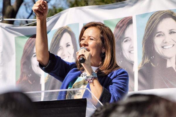 Margarita Zavala logra firmas del 1% del padrón nominal