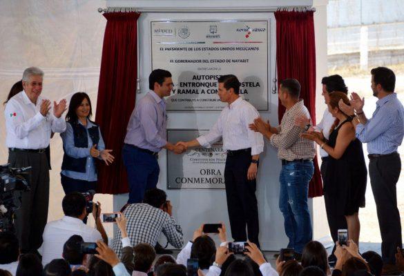 Peña Nieto sostiene reunión con gabinete legal y ampliado