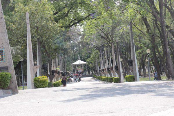 Al 70% los trabajos de remodelación del Parque Morelos