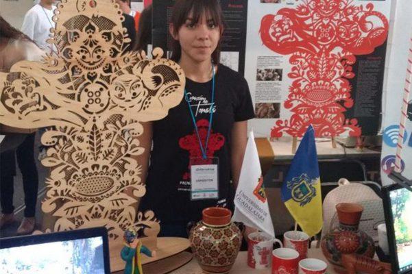 Estudiantes de bachilleres de UdeG a la final de proyectos estudiantiles