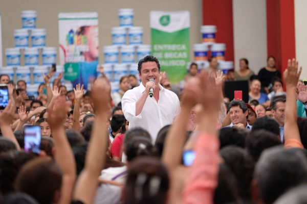 Saldremos a pintar todas las escuelas de Jalisco: SEJ