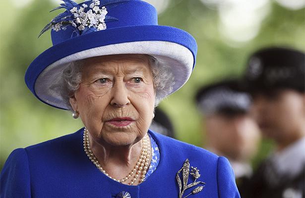Isabel II detalla un programa legislativo dominado por el brexit