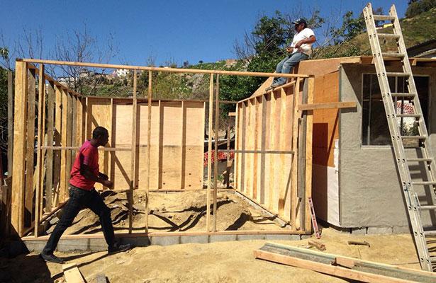Construyen Little Haití en zona riesgosa de Tijuana