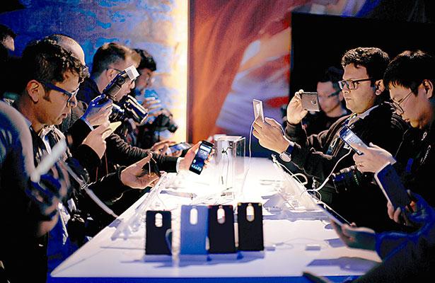 LG y Nokia adelantan presentaciones de nuevos modelos
