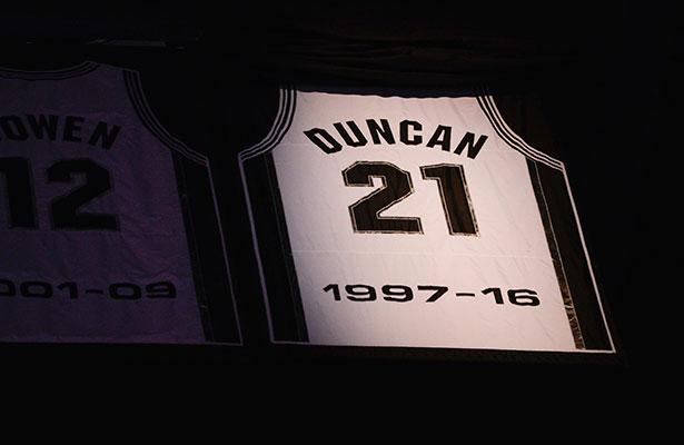 Los Spurs rinden homenaje a Tim Duncan