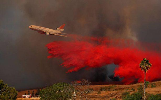 [Video] Reportan 10 muertos en incendios de California; piden se declare 'desastre mayor'