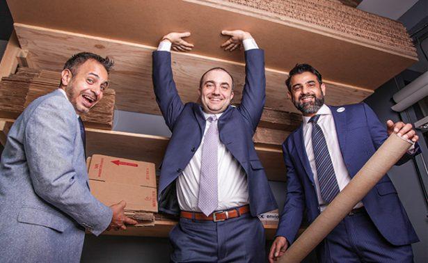 Emprendedores crean aplicación para envíos en el país