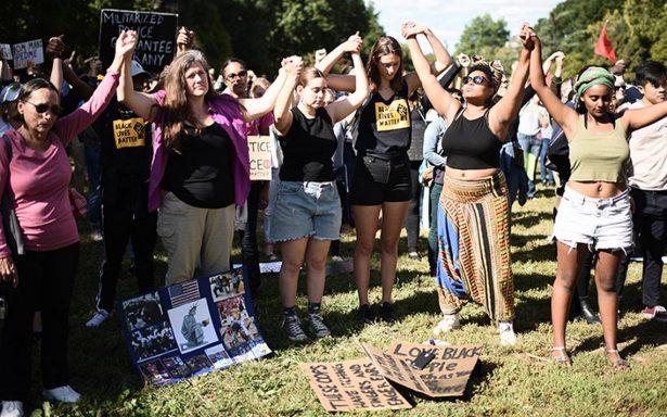 Mujeres exigen justicia racial