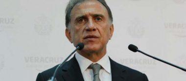 Yunes denuncia a Duarte, Herrera y a exsecretarios de Salud