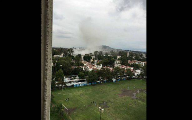 Demolición de edificio en instalaciones de Semar provoca daños en Coyoacán