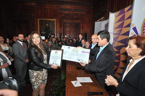 Chihuahua da el Premio Estatal del Deporte a Misael Rodríguez