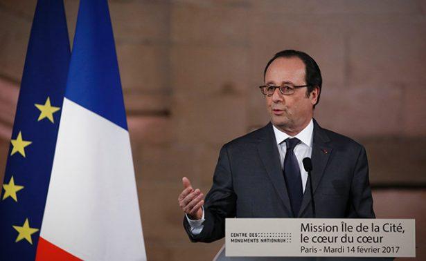 Hollande quiere blindar a Francia ante posibles ciberataques rusos durante comicios
