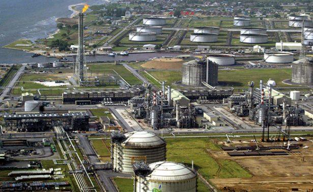 BM cancelará financiamiento para extraer petróleo y gas