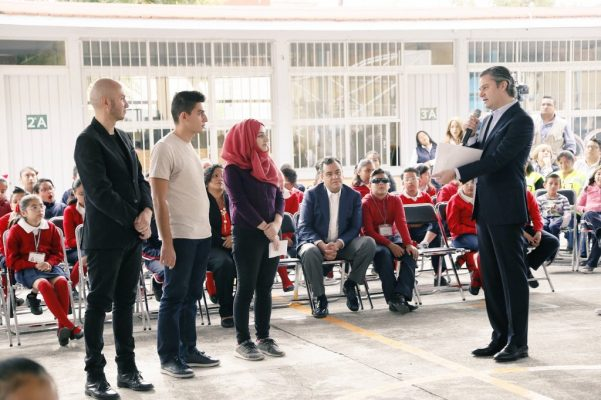 México abierto a refugiados; Nuño reitera que la educación no tiene fronteras