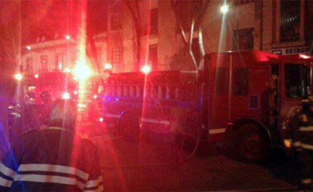 Autoridades reportan incendio en un mercado de la colonia Juárez