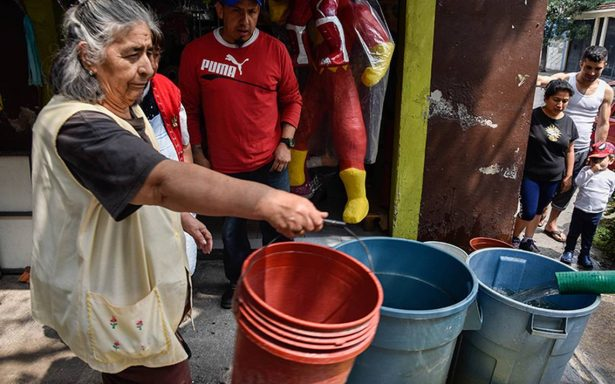 350 mil personas enfrentan la escasez de agua en varias delegaciones
