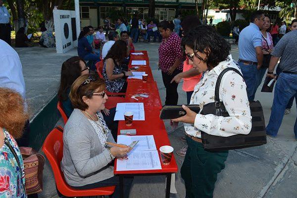 Alta participación de  maestros de Campeche en evaluación